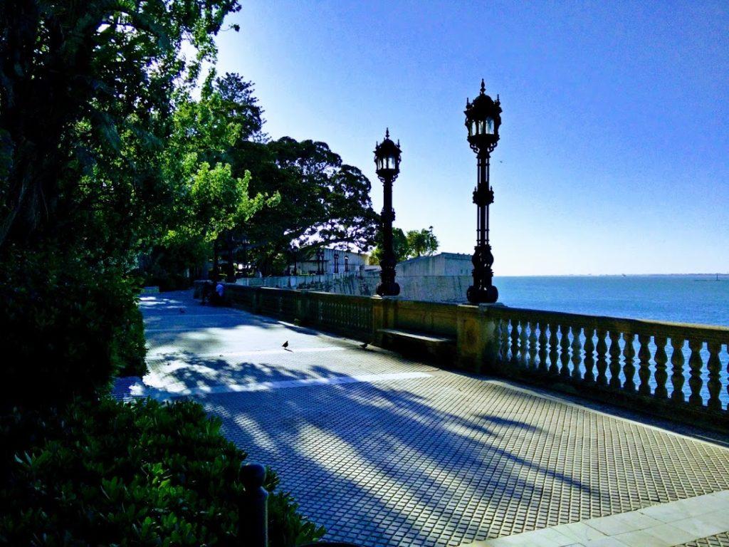 Un paseo por la Alameda de Cádiz